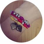 DIY: Thread bracelets / Pulseras de hilo