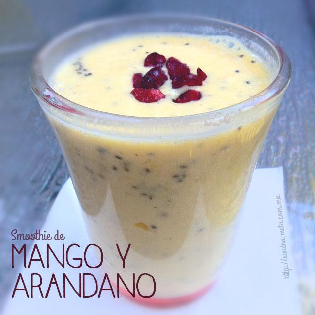 Smothie de mango y arándanos